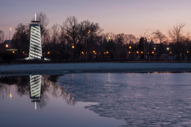 Парашютная вышка в Парке Горького. 2015. Фотография © Денис Есаков