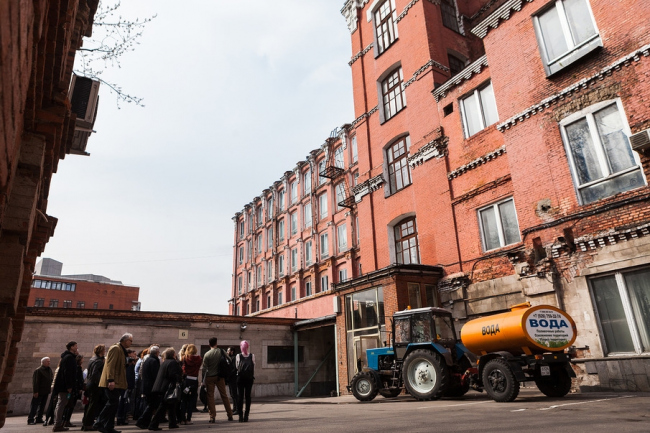 Экскурсия по территория Трехгорной мануфактуры. Фотография © Александр Портов