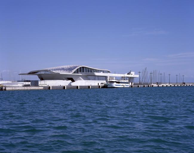 Морской терминал в Салерно © Hélène Binet