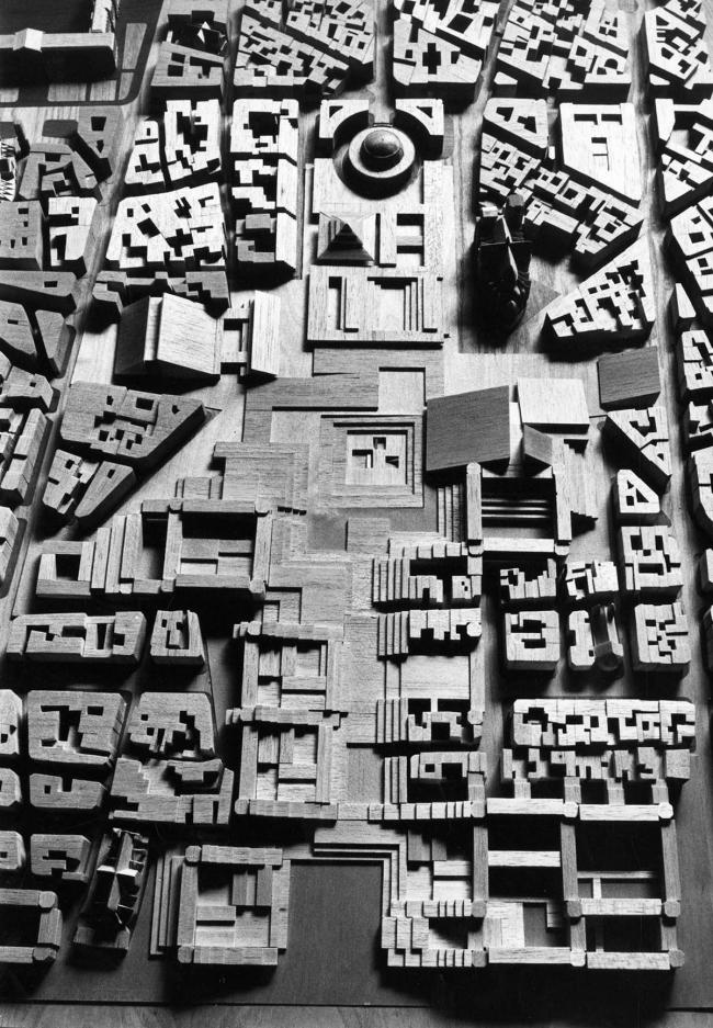 «Конкурс 6 макетов». Проект В. Фабра и Ж. Перротте (AUA). 1967 г. © Fonds DAU. SIAF / Cité de l'architecture et du patrimoine / Archives d'architecture du XXe siècle