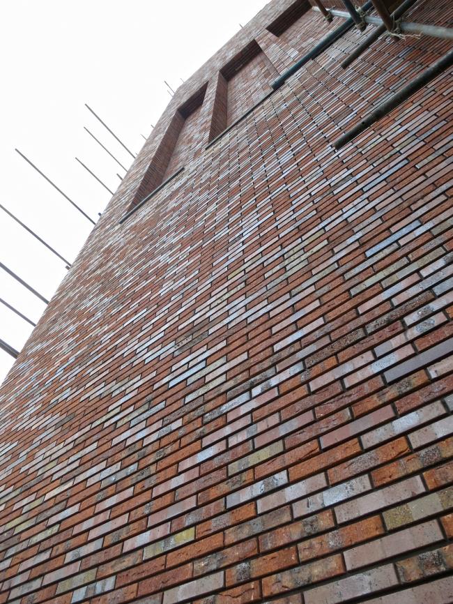 Жилой комплекс «Egodom» в процессе строительства © «Сергей Скуратов Architects». Клинкер Hagemeister Gent и Hagemeister Lubeck