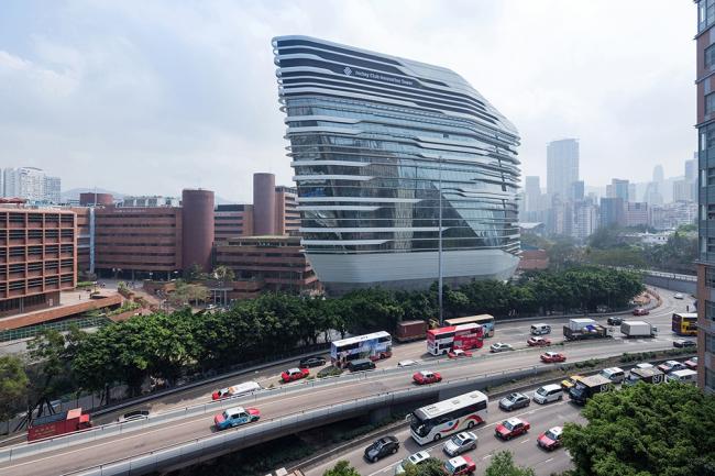 Корпус Jockey Club Innovation Tower Политехнического университета в Гонконге © Iwan Baan