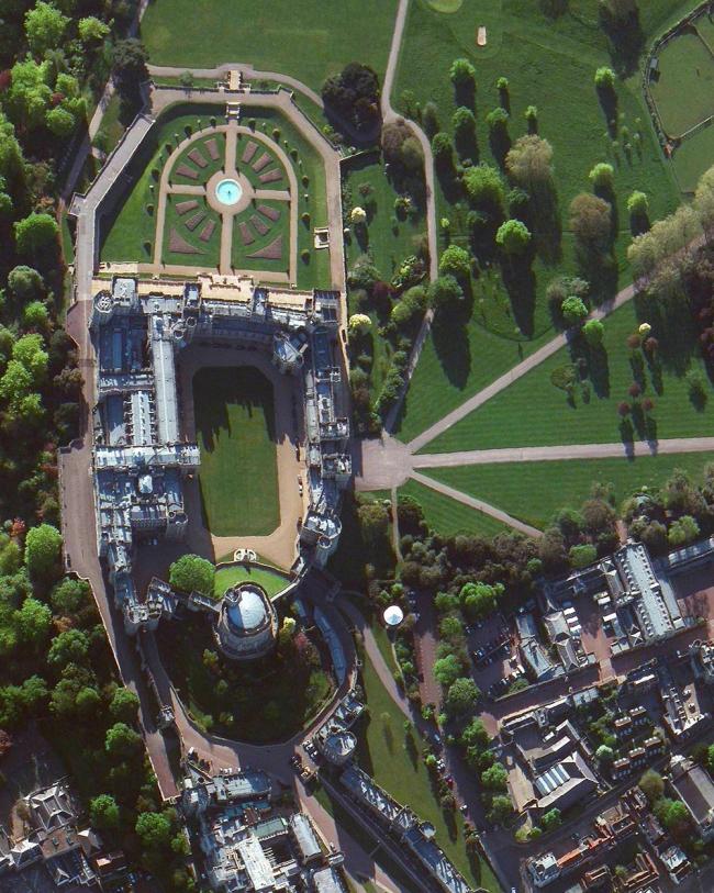 Виндзорский замок, Великобритания. Daily Overview | Satellite images © 2016, DigitalGlobe, Inc.
