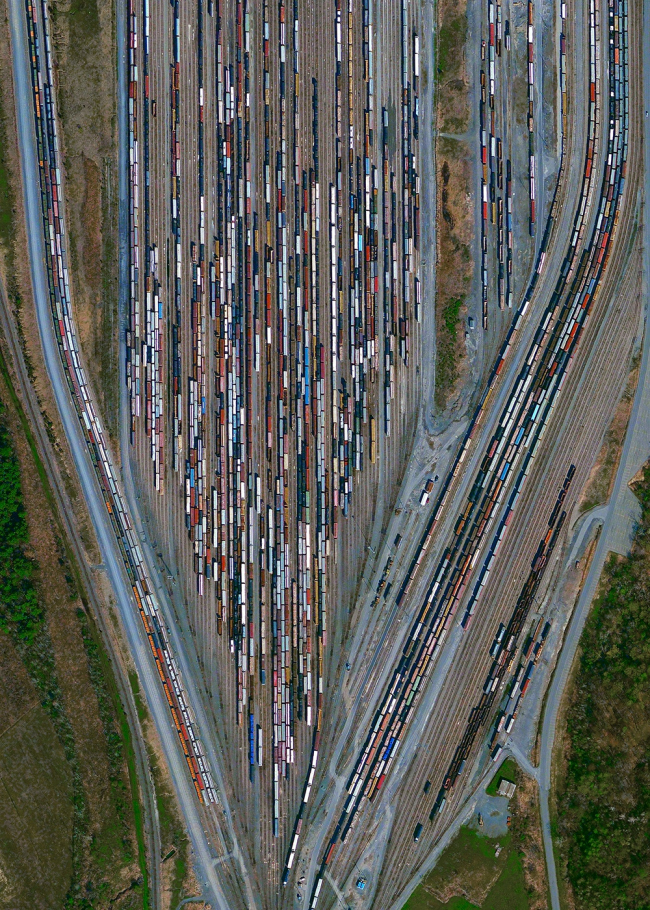 Железнодорожный узел Селкирк-Ярд, США. Daily Overview | Satellite images © 2016, DigitalGlobe, Inc.