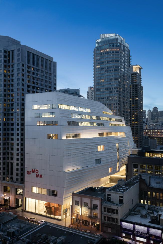 Новое крыло Музея современного искусства Сан-Франциско © Henrik Kam, предоставлено SFMOMA