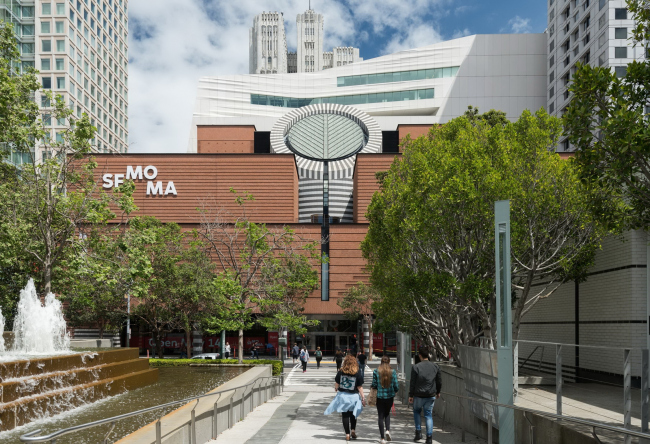Новое крыло Музея современного искусства Сан-Франциско. Фото: Jon McNeal © Snøhetta