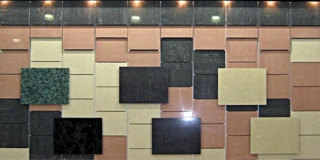Возможности комбинирования облицовочных материалов (HPL-панели и керамогранит) различных форматов, цветов и фактур. Из презентации компании «Юкон Инжиниринг»