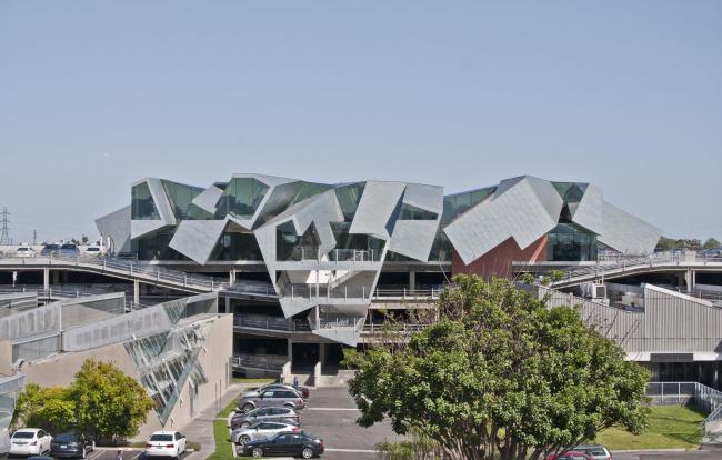 Офисное здание «Птеродактиль» в Калвер-сити © Eric Owen Moss Architects