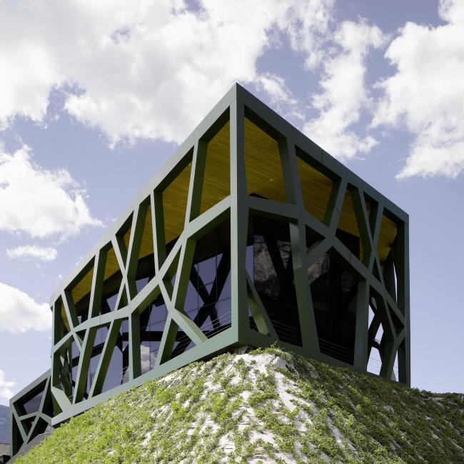 Винодельня Tramin. Архитектор Вернер Чолль © Becker