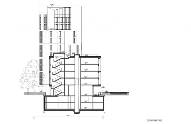 Жилой дом с подземной автостоянкой на ул. Бурденко. Разрез © Сергей Скуратов ARCHITECTS