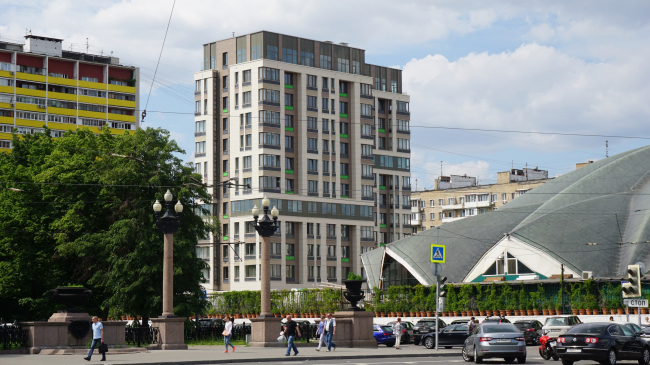 The residential project on the 2nd Samarinskaya Street. Construction, 2016 © GrandProjectCity