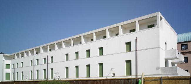 Жилой комплекс Алваро Сизы на Кампо-ди-Марте на острове Джудекка в Венеции © Alberto Lagomaggiore