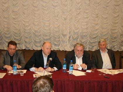Сергей Киселев, Павел Андреев, Андрей Таранов, Виктор Логвинов. Фото: «Строительство. Архитектура. Недвижимость»