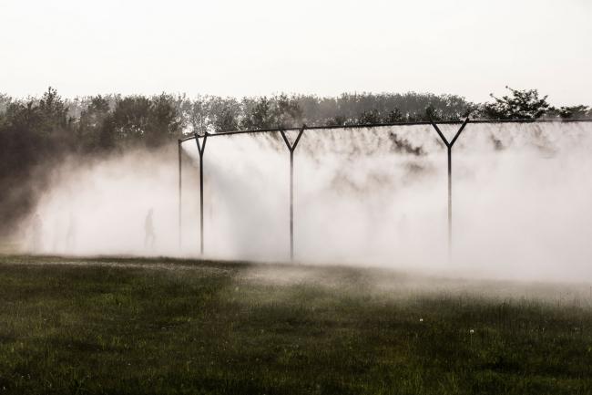 Инсталляция «Туман» в Версале © Olafur Eliasson. Изображение с сайта olafureliasson.net
