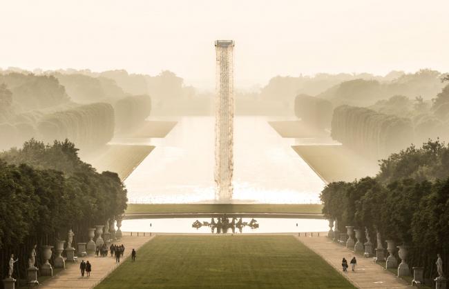 Инсталляция «Водопад» в Версале © Olafur Eliasson. Изображение с сайта olafureliasson.net