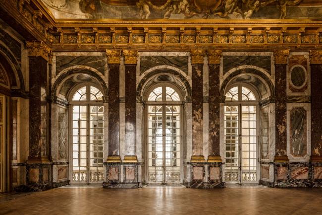 Инсталляция «Музей любопытных» в Версале © Olafur Eliasson. Изображение с сайта olafureliasson.net