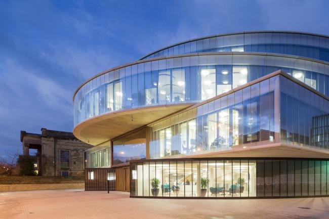 Школа управления Блаватника (BSG) в Оксфорде.  Herzog & de Meuron. Фото © Iwan Baan