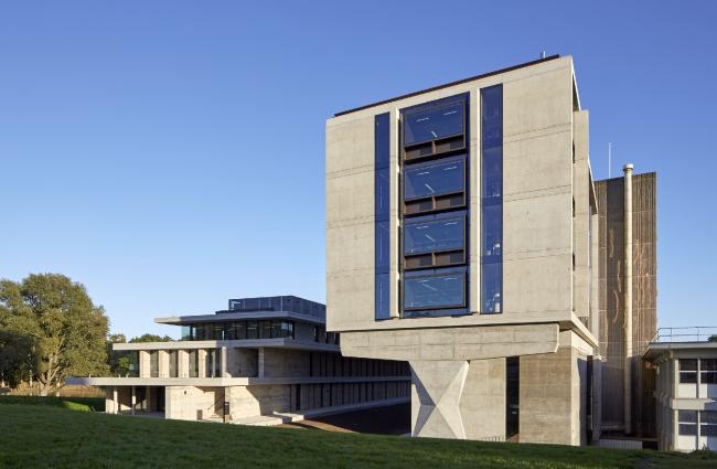 Библиотека и студенческий центр Университета Эссекса в Колчестере.  Patel Taylor. Фото © Timothy  Soar