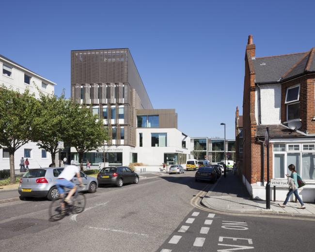 Институт клинической неврологии Мориса Уола в Денмарк-Хилл, Лондон.  Allies and Morrison. Фото © Ståle Eriksen