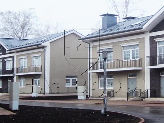 Коттеджный поселок таунхаусов «Никольское». Фотография с сайта slav-dom.ru
