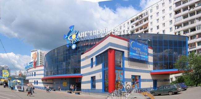 Торговый центр «Солнечный ветер» © Архитектурное бюро Асадова