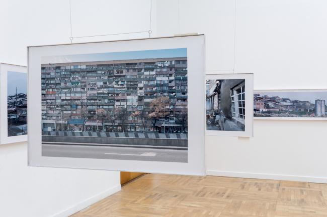Проект «Среда сосуществования» фотографа Дмитрия Чебаненко на XXI Международной выставке архитектуры и дизайна Арх Москва. Фотограф © В. Буланов