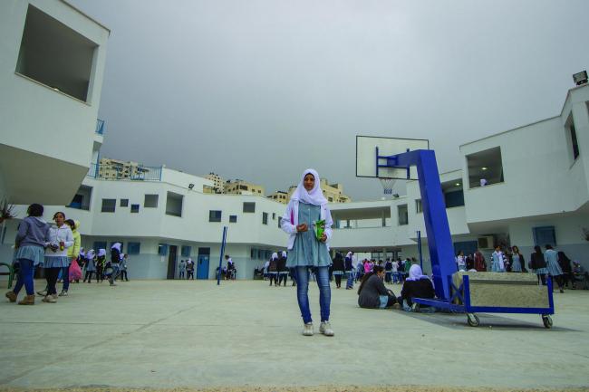 Женская школа в лагере для беженцев в палестинском районе Шуфат в Иерусалиме по проекту DAAR – Decolonizing Architecture Art Residency. Фото: Sara Anna Nadalini