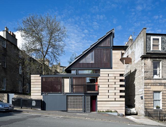 Дом Murphy House в Эдинбурге.  Richard Murphy Architects. Фото © Keith Hunter