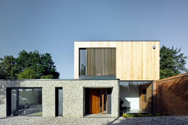 Дом The Cheeran House в Рединге, Беркшир.  John Pardey Architects. Фото © James Morris