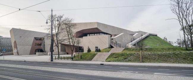 Концертный зал в квартале Йорданки © Jakub Certowicz