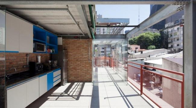 Дом на улице Rua Marília, Сан-Паулу, Бразилия.  SuperLimão Studio © Maira Acayaba