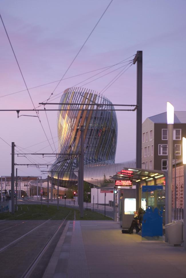 Центр La Cité du Vin © Julien Lanoo