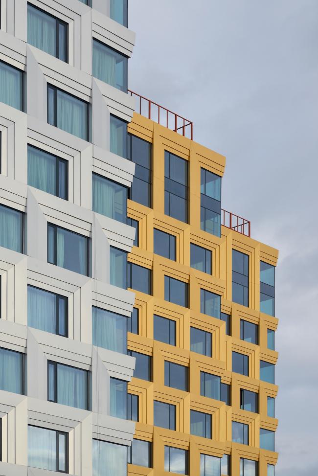 """""""Danilov Plaza"""" multifunctional project. Construction, 2016. Photograph © Aleksey Naroditskiy"""