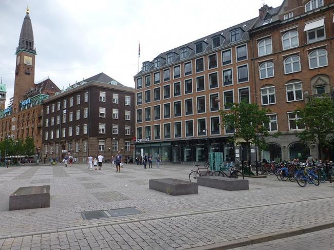 Площадь Вартов в Копенгагене. Фото: Leif Jørgensen via Wikimedia Commons. Лицензия Creative Commons Attribution-Share Alike 3.0 Unported