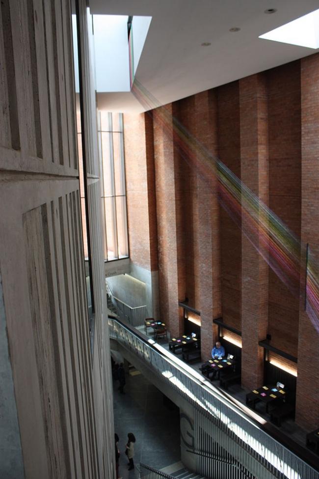 Центр искусств Метрополитен в Белфасте. Фото: Ardfern via Wikimedia Commons. Лицензия Creative Commons Attribution-Share Alike 3.0 Unported