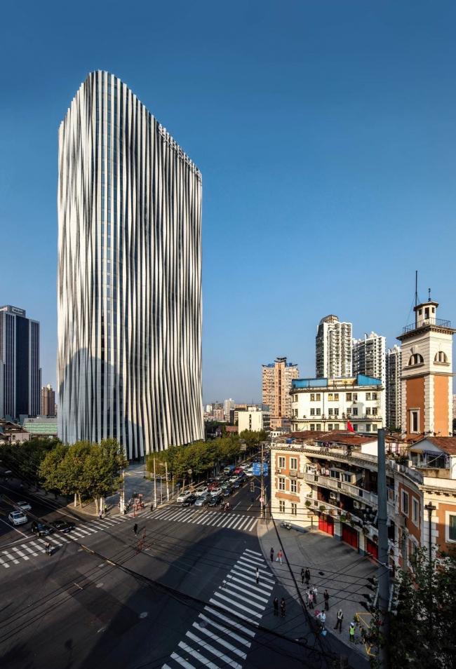 Офисная башня Hongkou Soho © Jerry Yin