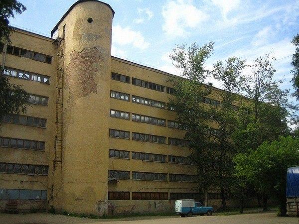 И. Николаев. Общежитие студентов Текстильного института