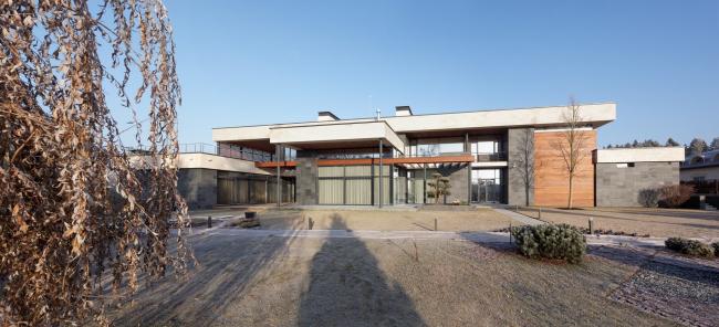 Hampton House. Country residence. Construction, 2016 © Roman Leonidov architectural bureau
