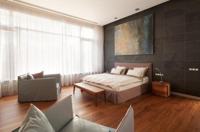 Хэмтон Хаус. Загородный дом. Спальня. Постройка, 2016 © Архитектурное бюро Романа Леонидова