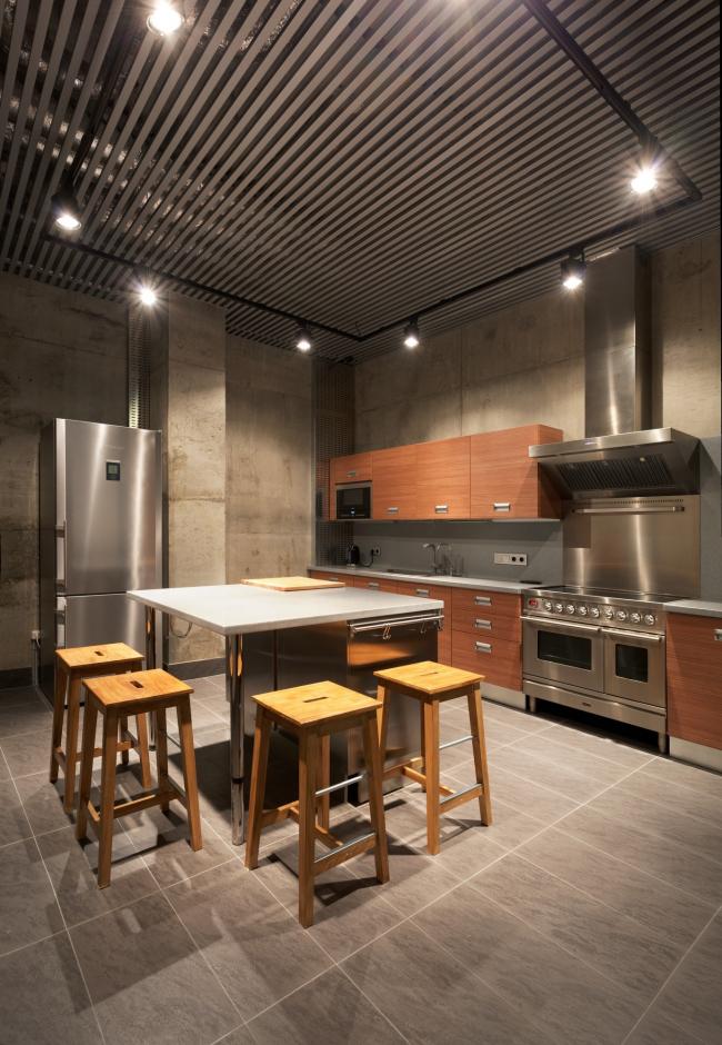 Hampton House. Country residence. Kitchen in the basement floor. Construction, 2016 © Roman Leonidov architectural bureau