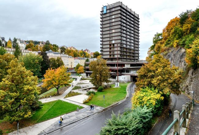 Комплекс конгресс-центра и отеля Thermal. Фото: Василий Бабуров