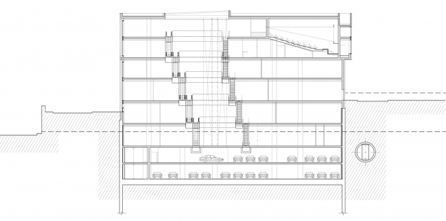 Multifunctional complex on the Zemlyanoy Val Street. Section view © Ginsburg Architects