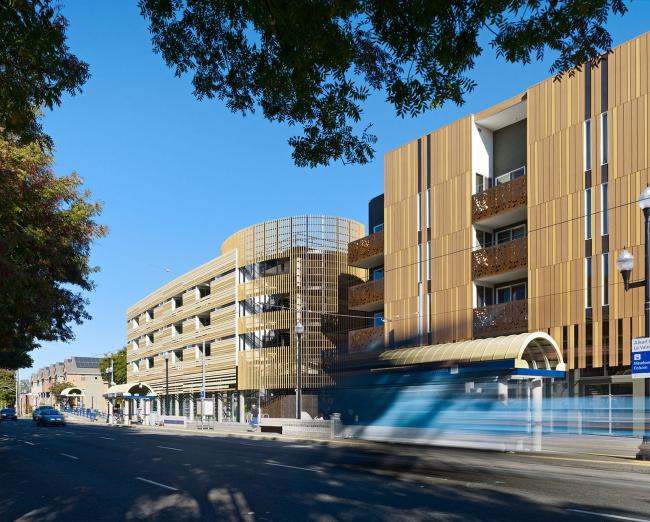 La Valentina Station affordable housing © Bruce Damonte