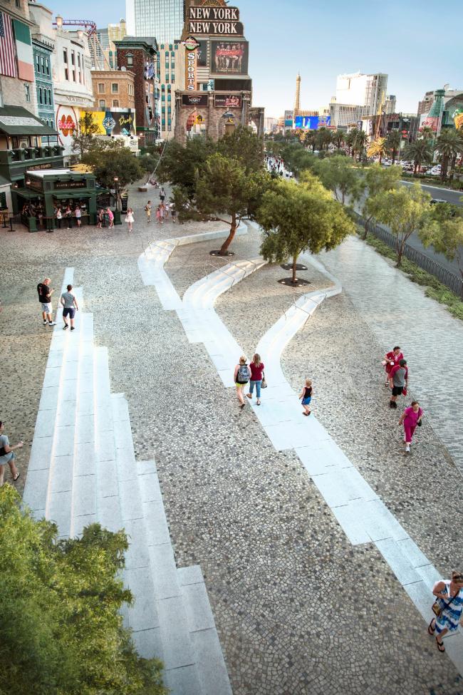 Бульвар Лас-Вегас – общественное пространство © !melk