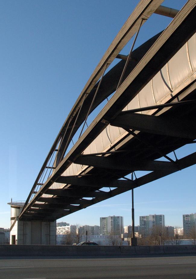 Пешеходный мост, МКАД, 95 км © Архитектурное бюро Асадова