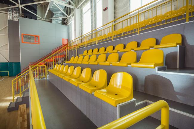 Универсальный спортивный зал учебного комплекса на территории жилого квартала «Комфорт-таун». Постройка, 2014 © Архиматика