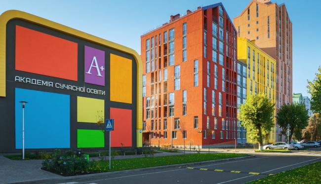 Академия современного образования на территории жилого квартала «Комфорт-таун». Постройка, 2014 © Архиматика