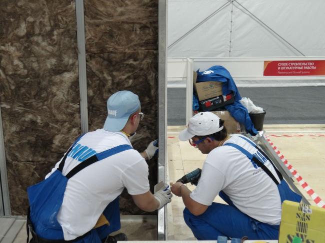 Практическое занятие по монтажу гипсокартонной конструкции. Фото предоставлено компанией «КНАУФ»