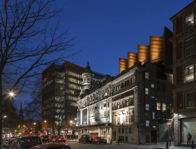 Театр Шефтсбери – реконструкция © Peter Cook