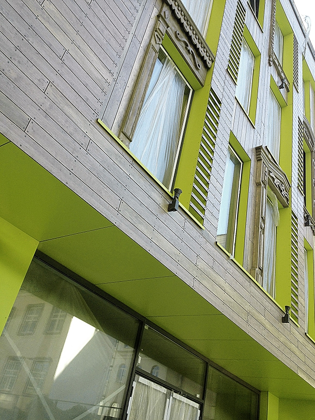Офисное здание в центре Москвы, построено по проекту Ивана Логинова из BURO 2+2, при участии Дмитрия Гуторкина и Светланы Фокиной. Фото предоставлено компанией «Декотек Инжиниринг»